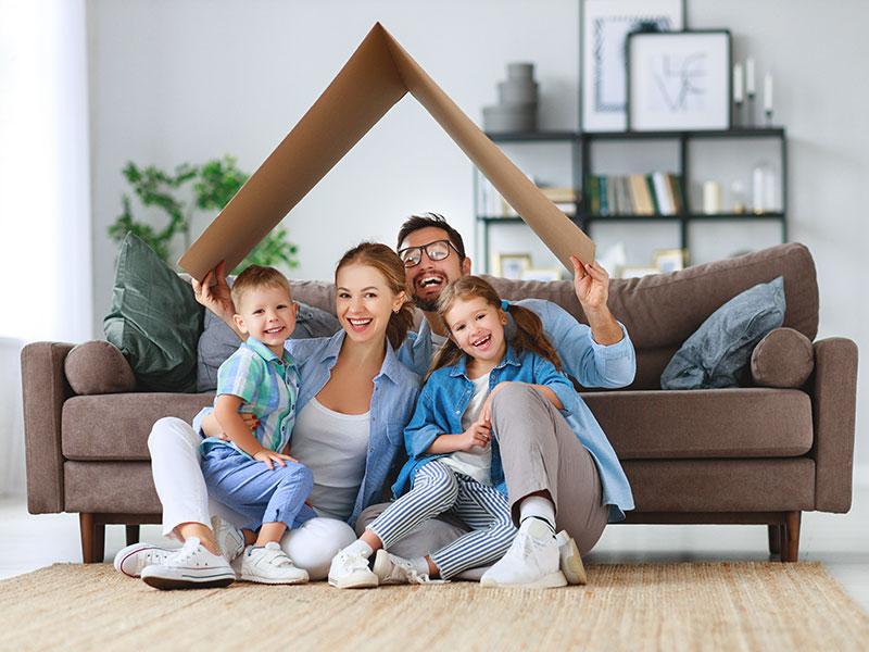 Familie Energiekosten sparen Wärmepumpe